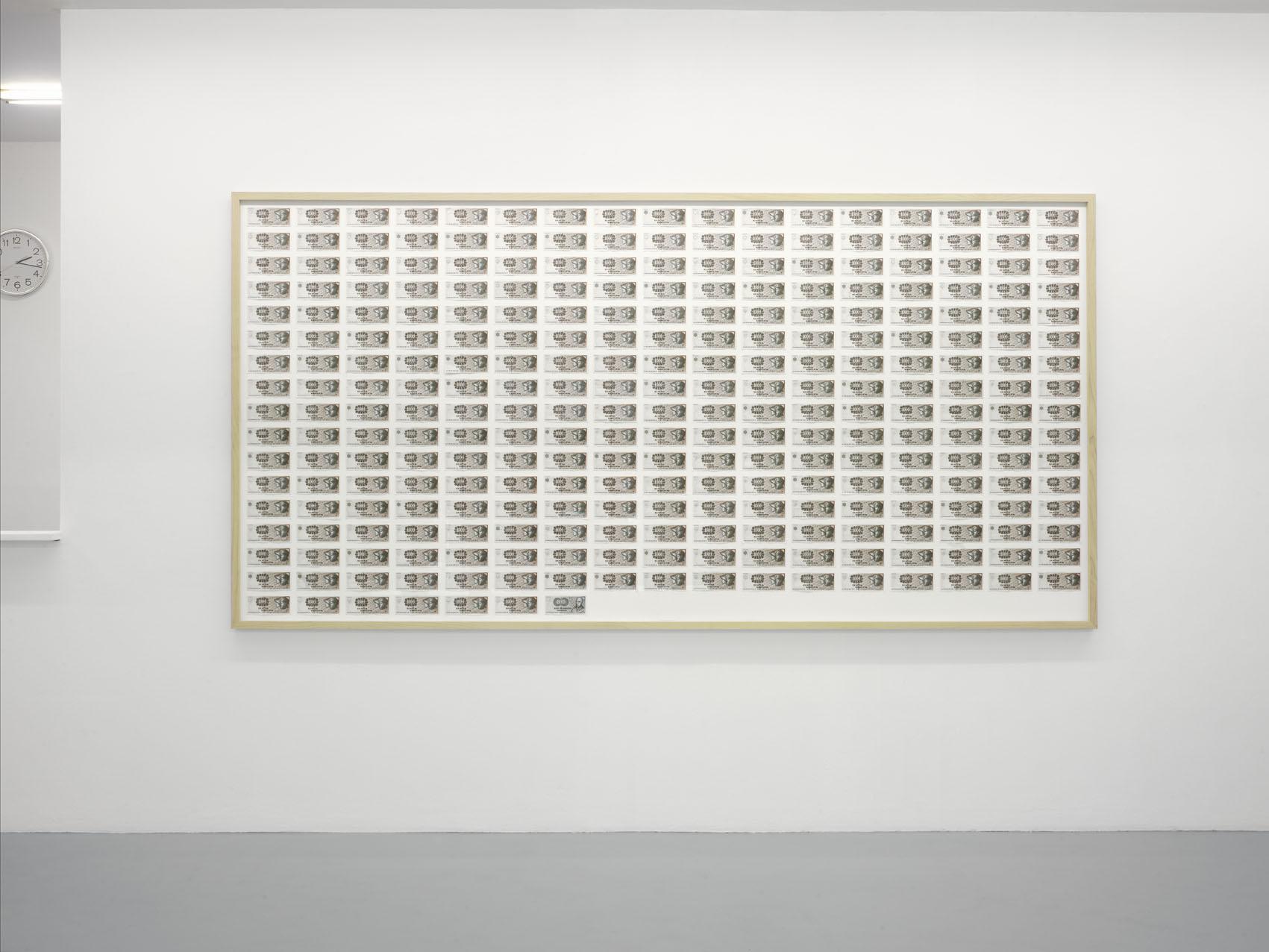 321945