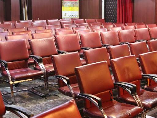 سینماها متقاضی برای اکران ندارند