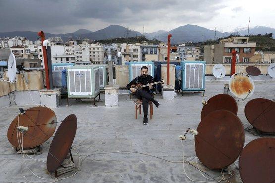 میدیا فرج نژاد نوازنده تار