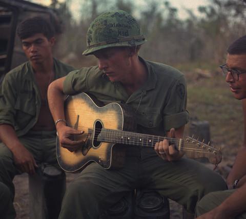 جنگ ویتنام چگونه بر موسیقی آن دوران تاثیر گذاشت؟ (قسمت اول)