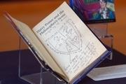 نسخه نادری از هریپاتر در حراجی فروخته شد