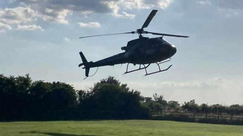 فرود غیر منتظره تامکروز در حیاط خانهای در بریتانیا