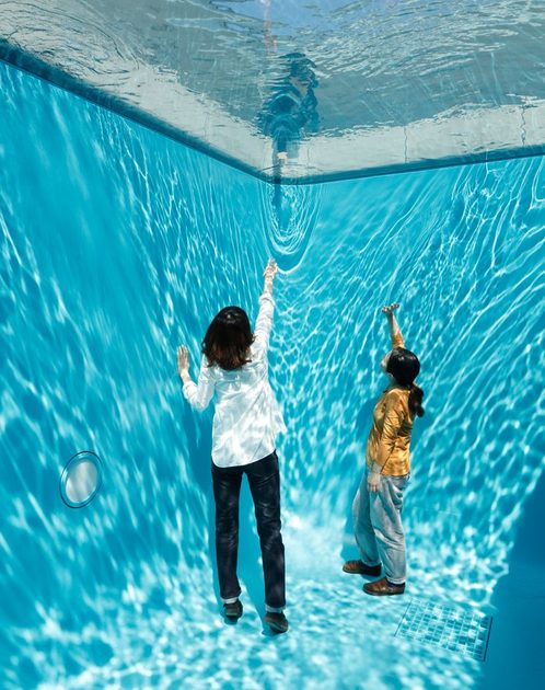 leandro-erlich-swimming-pool-750x948