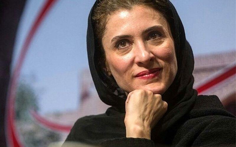ویدئوی ویشکا آسایش در هنگام اهدای جایزه پخش شد