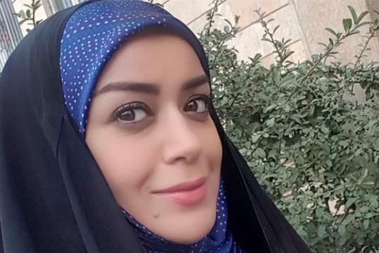 مادر الهام چرخنده: دخترم شهید است