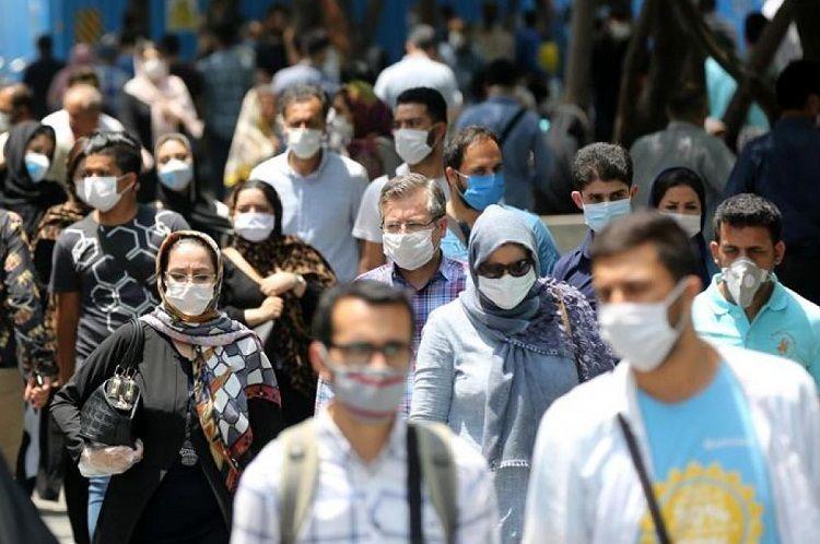 حمله کیهان به سلبریتیهای خواهان واکسن
