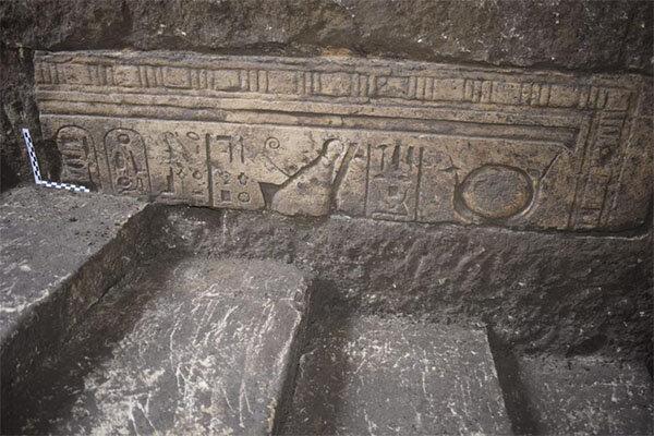 کشف آثار تاریخی در معبد باستانی مصر
