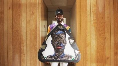نقاشیهای آمواکو بوافو با موشک جف بزوس به فضا پرتاب شد