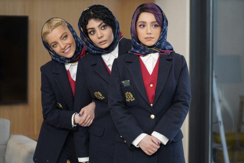 مستانه مهاجر پروانه نمایش اولین فیلمش در مقام کارگردان را گرفت