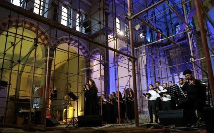 شعار امید از قلب بیروت
