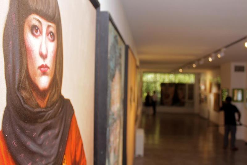"""نمایشگاه گروهی پرتره با عنوان"""" نگاه"""" در گالری لیام"""