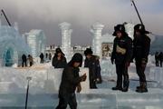 شهر هاربین چین برای سال نو میزبان جشنواره مجسمههای یخی میشود