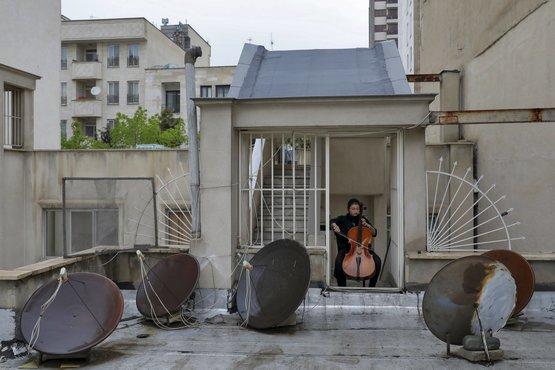 یاسمن کوزه گر نوازنده ویلنسل