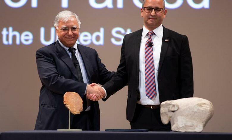 امریکا لوح باستانی که گیلگمش روی ان حکاکی شده را به عراق پس داد